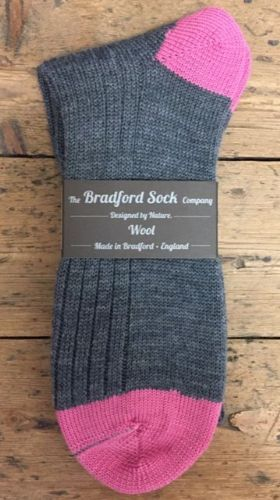 Men's Wool Socks - Grey and Pink - Machine Washable..